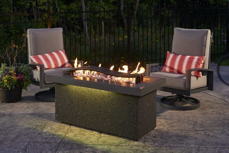 Boreal Complete Heat Gas Fire Pit Table